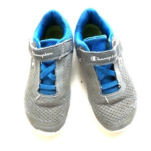 Toddler boys champion tennis shoes size 10 GUC